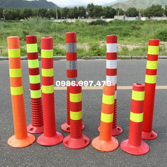 Cột cảnh báo giao thông hình trụ đàn hồi